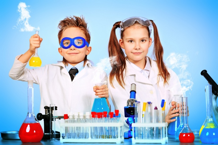 Warsztaty chemiczne -  grupa Sówek i Pszczółek